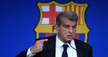 رئيس برشلونة: بقاء ميسي بالفريق سيكلف الفريق خسائر ل50 عاماً