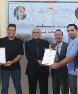 محافظ غزة يكرم محمد حمادة بعد مشاركته في أولمبياد طوكيو 2020