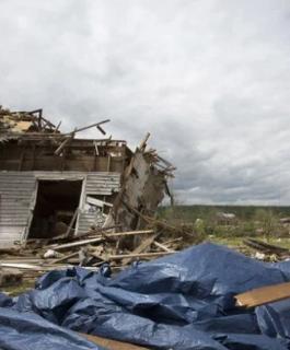 """الولايات المتحدة: إعصار """"لاري"""" يشتد ليتحول من الفئة الثانية"""