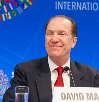 رئيس البنك الدولي يحذر من مشكلة كبيرة تواجه لمالية العامة الفلسطينية